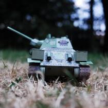 Tank T-34/76 (1:34, R. Vyškovský - časopis ABC)