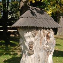 Valašské muzeum v přírodě -Dřevěné městečko - Soubor klátových úlů