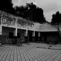 Zchátralé rekreační středisko