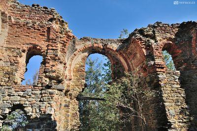 zřícenina kaple Břístevská hůra