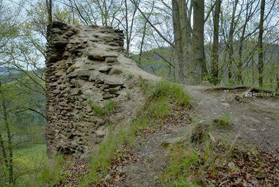 Zřícenina hradu Pyšolec