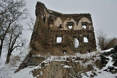 Zřícenina hradu Říčany